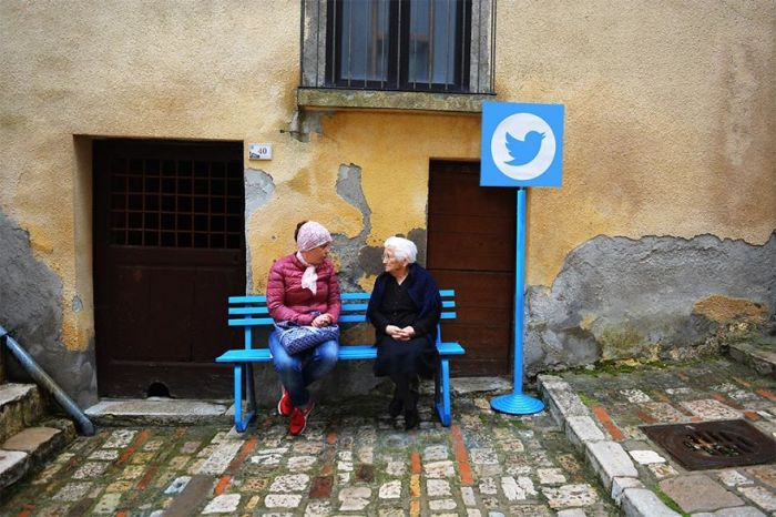 Artist Turns Italian Village Into A Real Life Version Of The Internet (11 pics)