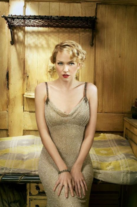 Naomi Watts Looks Stunning In Her Photoshoot From King Kong (31 pics)