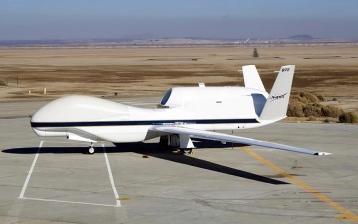 Awkward Looking Experimental Aircrafts From All Around The World (39 pics)