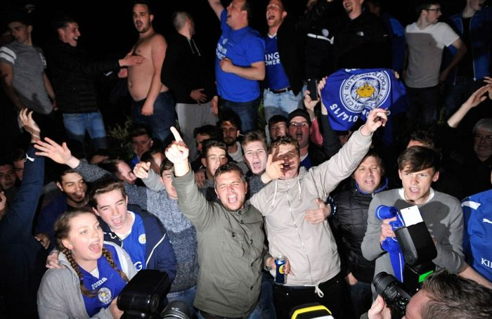 Leicester City Players Party At Jim Vardy's House To Celebrate Their Big Win (19 pics)