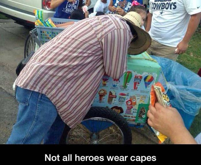 Photos That Prove Heroes Come In All Shapes And Sizes (34 pics)