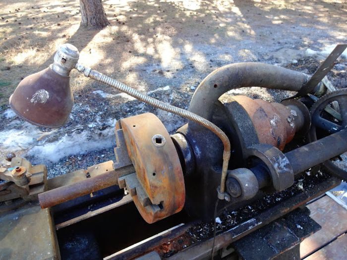 Old Hendey Lathe Discovered At A Junkyard (14 pics)