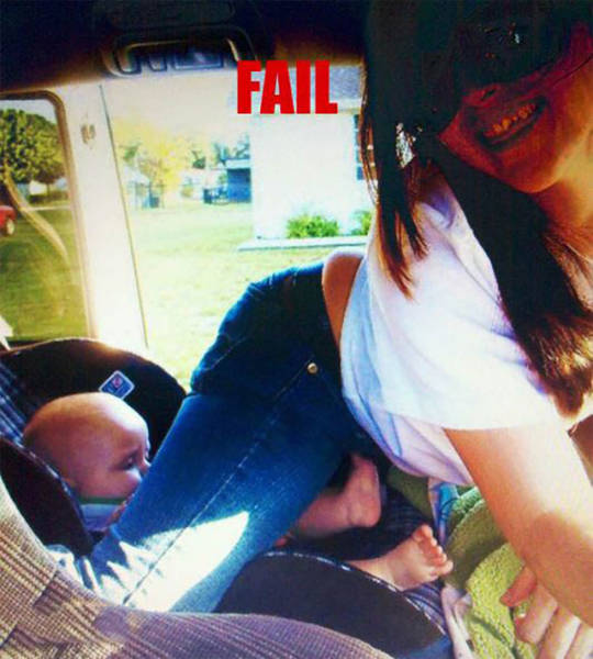 Mom Selfie Fails Courtesy Of The Worst Mothers On The Planet (32 pics)