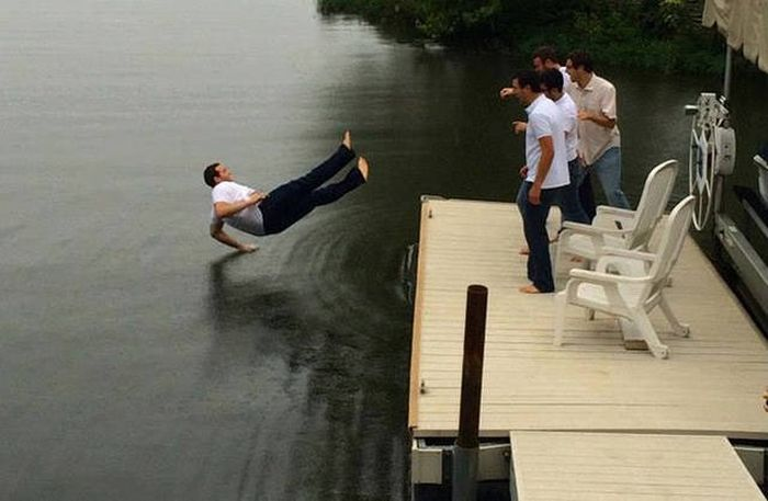 Fun Photos That Happened To Be Taken At Exactly The Right Moment (50 pics)