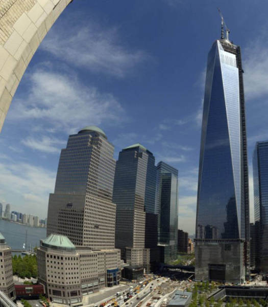 The Freedom Tower In New York City Is A Symbol Of Hope (33 pics)