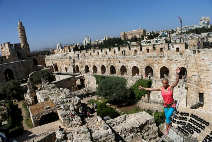 American Walks Across A Tightrope At Jerusalem's Tower Of David (11 pics)