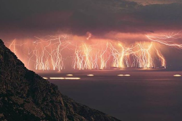 Extraordinary Natural Phenomena That Will Take Your Breath Away (20 pics)