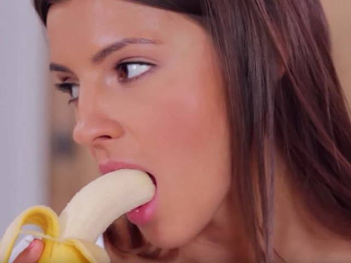 These Gifs Of Girls Eating Bananas Are The Sexiest Thing You'll See Today (18 gifs)