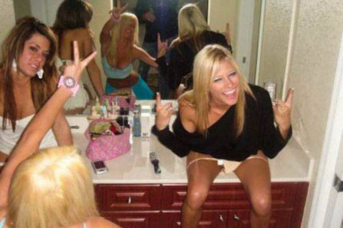 A Fun Collection Of Awesome Girl Wins And Awkward Girl Fails (40 pics)