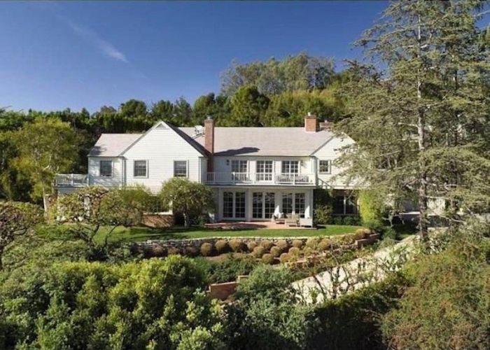 Miranda Kerr And Evan Spiegel Buy Huge Mansion In Brentwood, CA (14 pics)