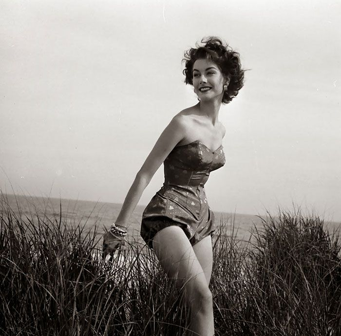 Black And White Photos By Nina Leen Show What Women Were Like In The '40s And '50s (37 pics)
