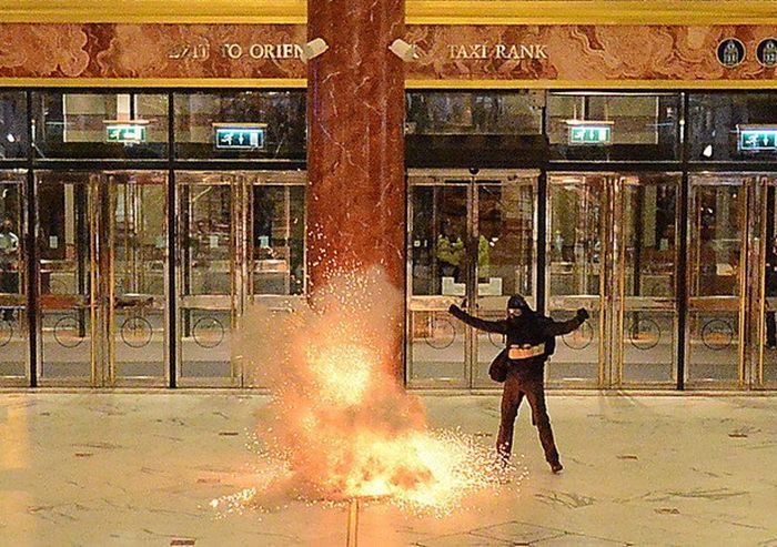 UK Police Apologize For Realistic Anti-Terrorism Exercises (12 pics)