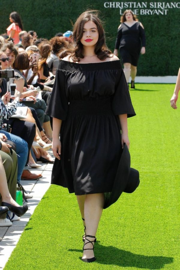 Curvy Models Show Off The New Plus Size Collection From Christian Siriano (21 pics)