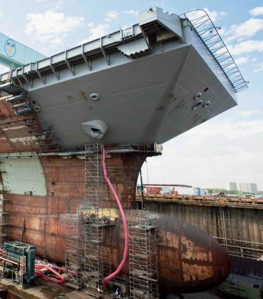 This Ship Is The Most Expensive Nuclear-Powered Warship In History (30 pics)