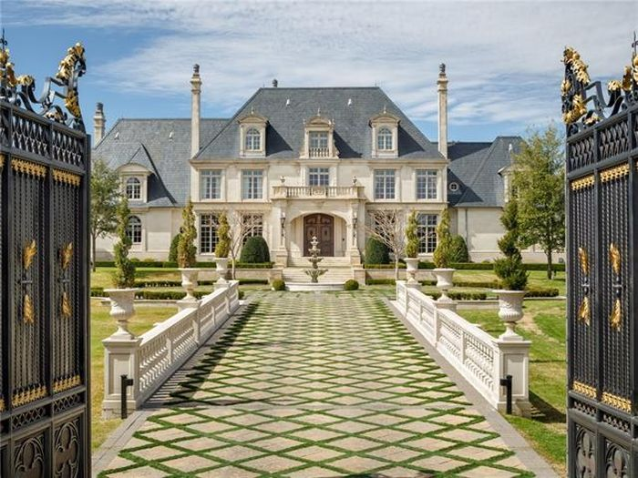 This Texas Mansion Can Be Yours For Only $32 Million (6 pics)