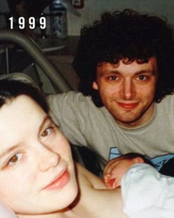Kate Beckinsale, Michael Sheen And Their Daughter Recreate A Photo From 1999 (2 pics)