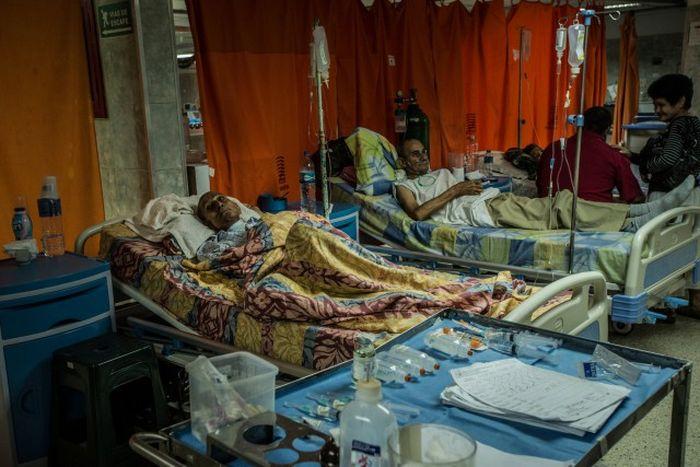 Inside A Hospital In Venezuela (7 pics)