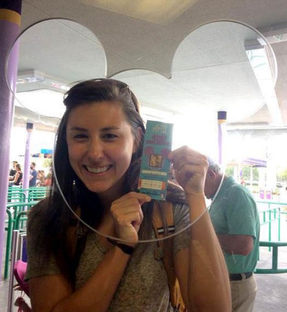 Woman Uses 22 Year Old Ticket To Gain Entry Into Disney World (3 pics)