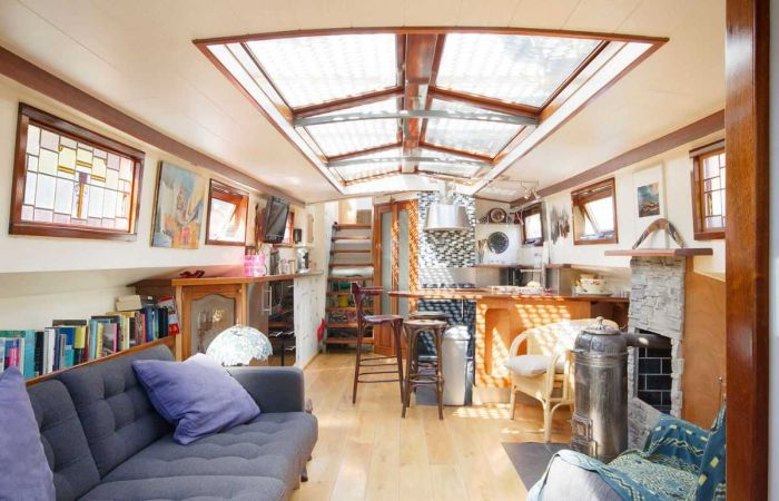 Old Boat Gets Converted Into A Beautiful House Barge (17 pics)