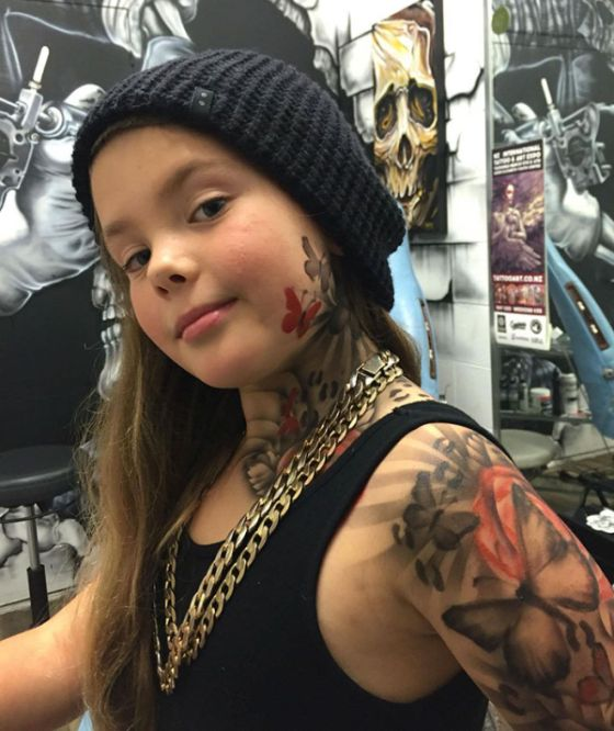 Artist Makes Hospital More Fun By Giving Sick Kids Cool Tattoos (7 pics)