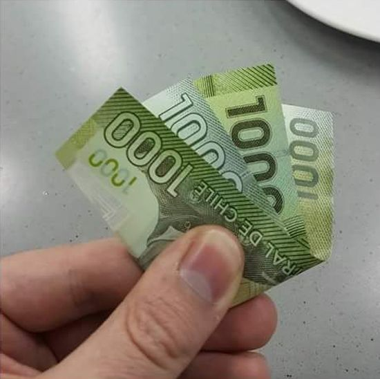 How To Leave A Tip Like A Terrible Person (3 pics)