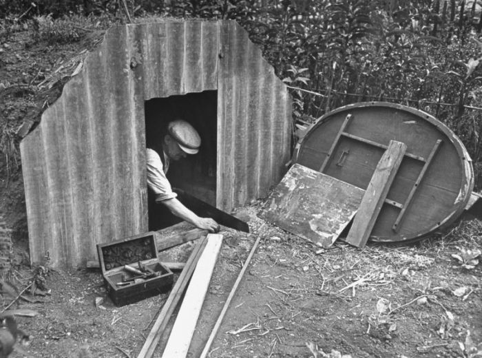 During World War II The Anderson Shelter Was Very Popular (17 pics)