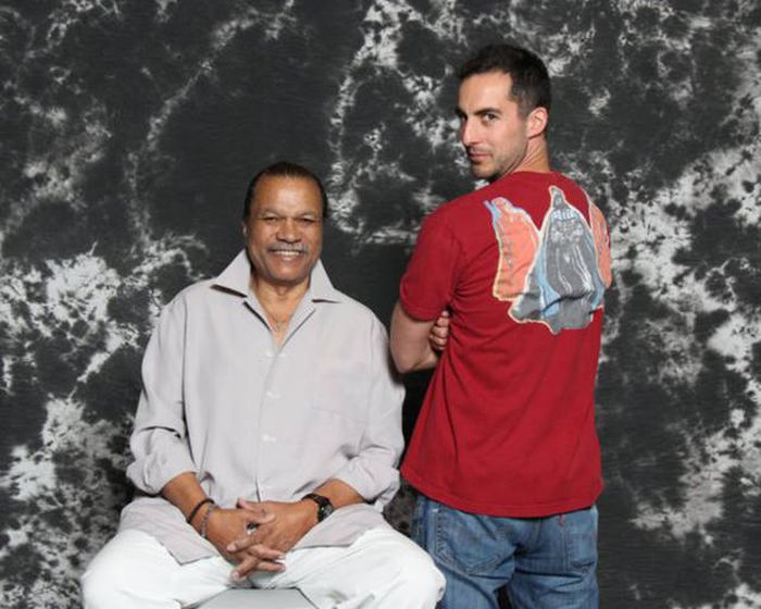 A Standup Comedian Spent His Tax Return On A Photoshoot With The Star Wars Cast (7 pics)