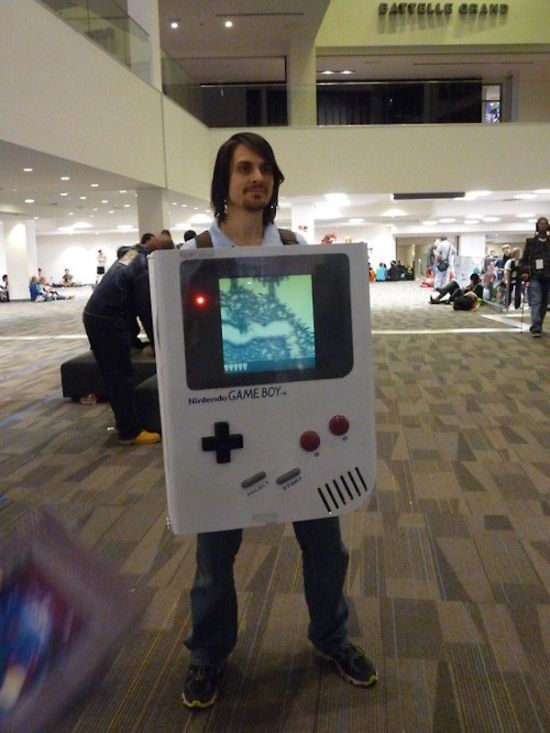 There's Never A Bad Time To Get Your Game On (54 pics)