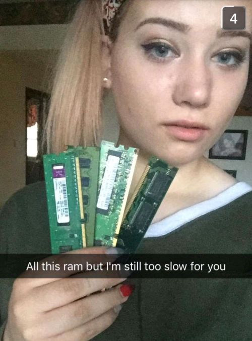 Girl Sends Boyfriend A Hilarious Snapchat Story Packed With Computer Puns (5 pics)