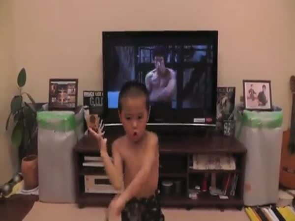 Tiny Kid Goes Move For Move With Bruce Lee