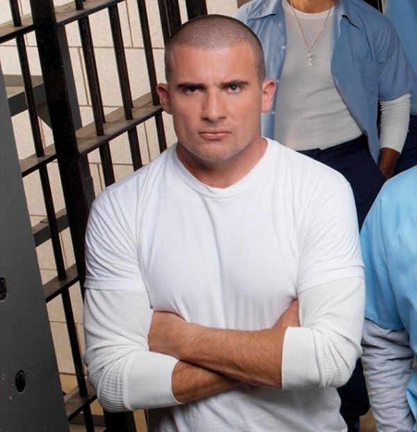 Dominic Purcell Suffered A Broken Nose While Filming Prison Break In Morocco (2 pics)