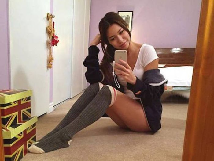There's Something Very Sexy About Girls In Long Socks (42 pics)
