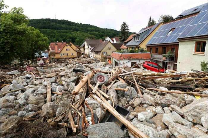 Small Towns In France And Germany Rocked By Heavy Rains (19 pics)