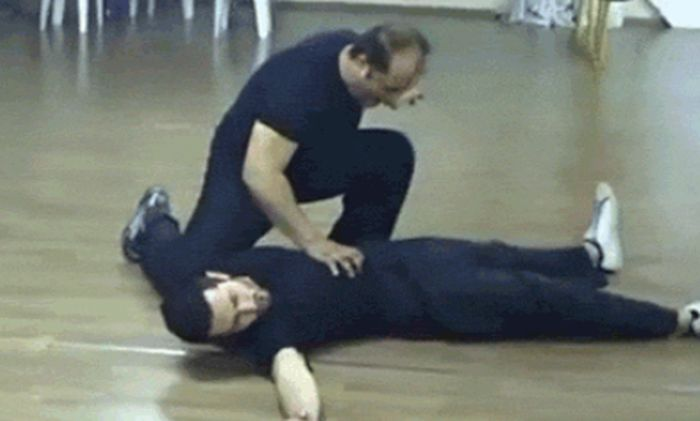 Funny Martial Arts Fails That Will Crack You Up (17 gifs)