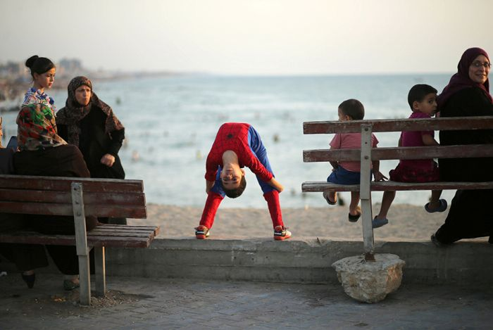 See Why People Are Calling This 12 Year Old Kid Spider-Man (10 pics)