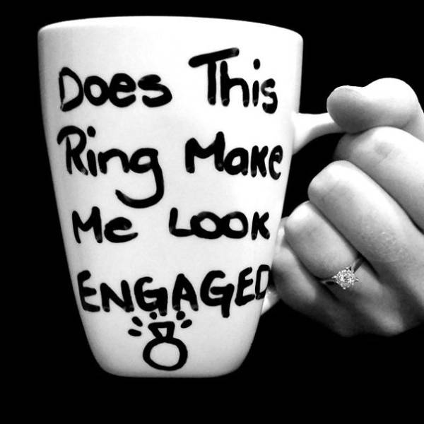 People Who Chose Clever Ways To Make Their Engagement Announcements (65 pics)