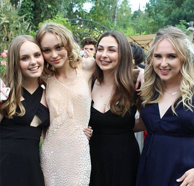Johnny Depp's Daughter Lily-Rose Attends Prom With Kevin Smith's Daughter (3 pics)