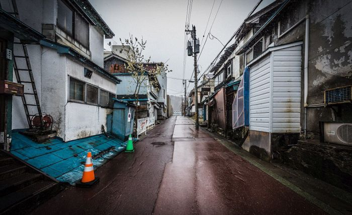 Inside The Japanese Mining City Of Yubari (35 pics)