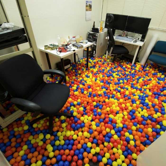 Funny Office Pranks To Help Get You Through The Week (21 pics + 1 gif)