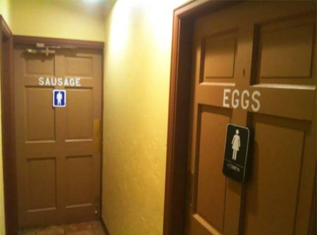 Amusing Bathroom Signs That Get Straight To The Point (24 pics)