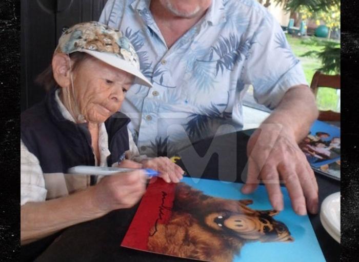 ALF Star Passes Away At The Age Of 76 (5 pics)