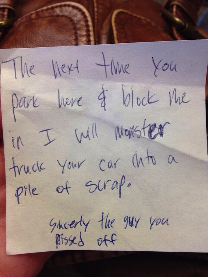 People Who Got Furious Over Bad Parking Jobs And Left Angry Notes (22 pics)