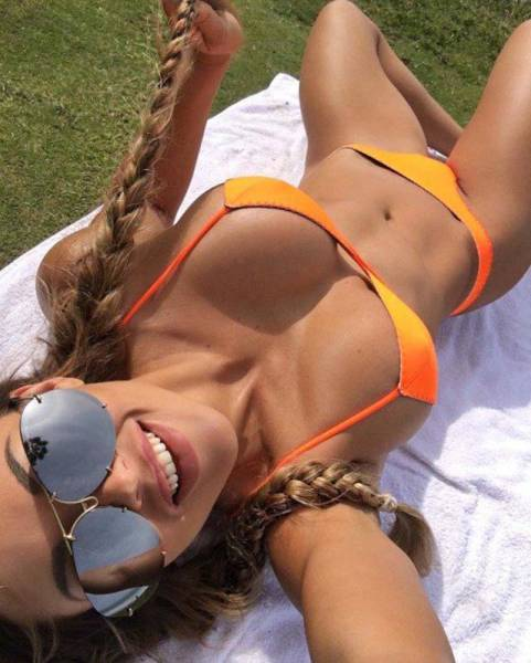 The Beautiful Bikini Babes Brigade Is Here To Say Hello (54 pics)