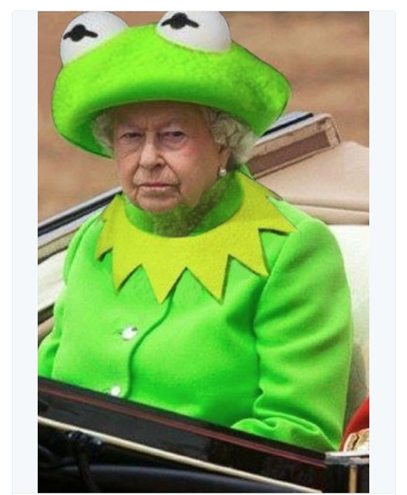 The Internet Turned Queen Elizabeth's Dress Into The Hottest Meme (5 pics + 10 gifs)