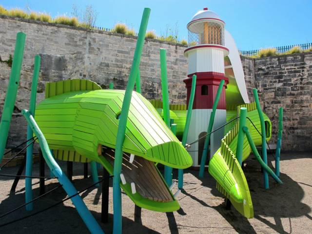 The Most Epic Playgrounds In The History Of Playgrounds (16 pics)