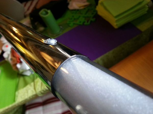 Everything You Need To Make Your Own Homemade Lightsaber (12 pics)