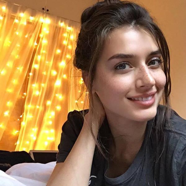 Beautiful Ladies Who Embody The Natural Girl Next Door Look (48 pics)