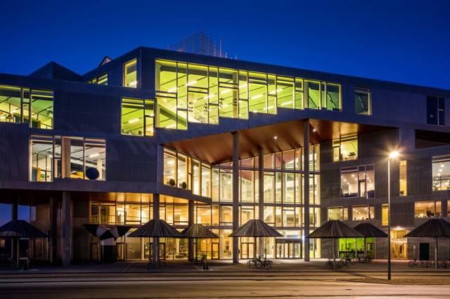 Copenhagen School Wins Prestigious Architecture Award (14 pics)