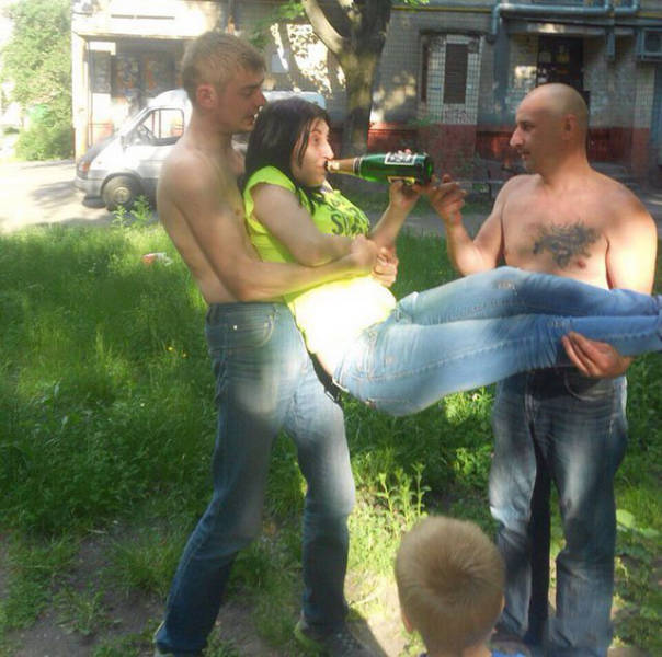 Russia Is So Bizarre It Might As Well Be A Different Planet (35 pics)