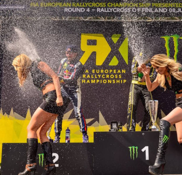 Sexy Monster Energy Girls That Will Make You Very Thirsty (84 pics)